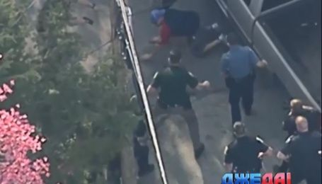 Как американские полицейские зверски избили нарушителя