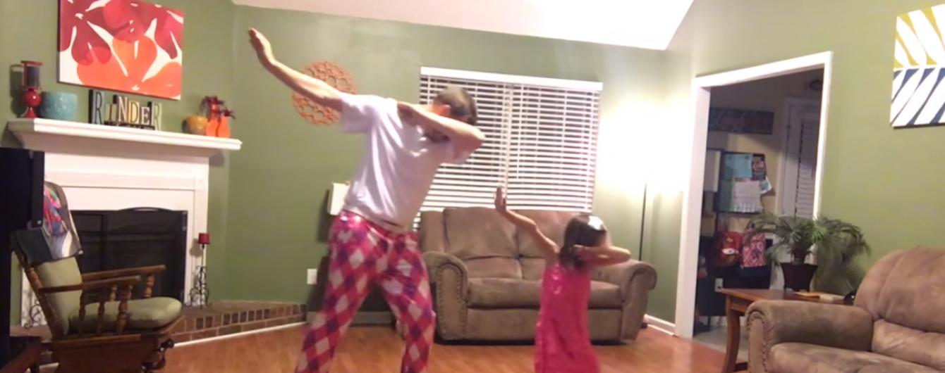 """Тімберлейк """"розкрутив"""" кумедних татуся і доньку, які танцюють під його хіт"""