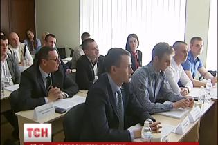 Українська поліція почала готувати омбудсменів, які пильнуватимуть права затриманих