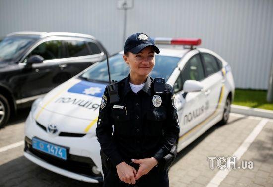 В Ужгороді крадій повис на паркані, втікаючи з місця злочину