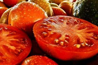 На Херсонщині готові знищувати помідори, які не продаються по 2 грн за кіло