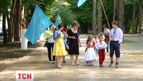 Меджлис советует крымчанам не выходить на работу, чтобы почтить память погибших земляков