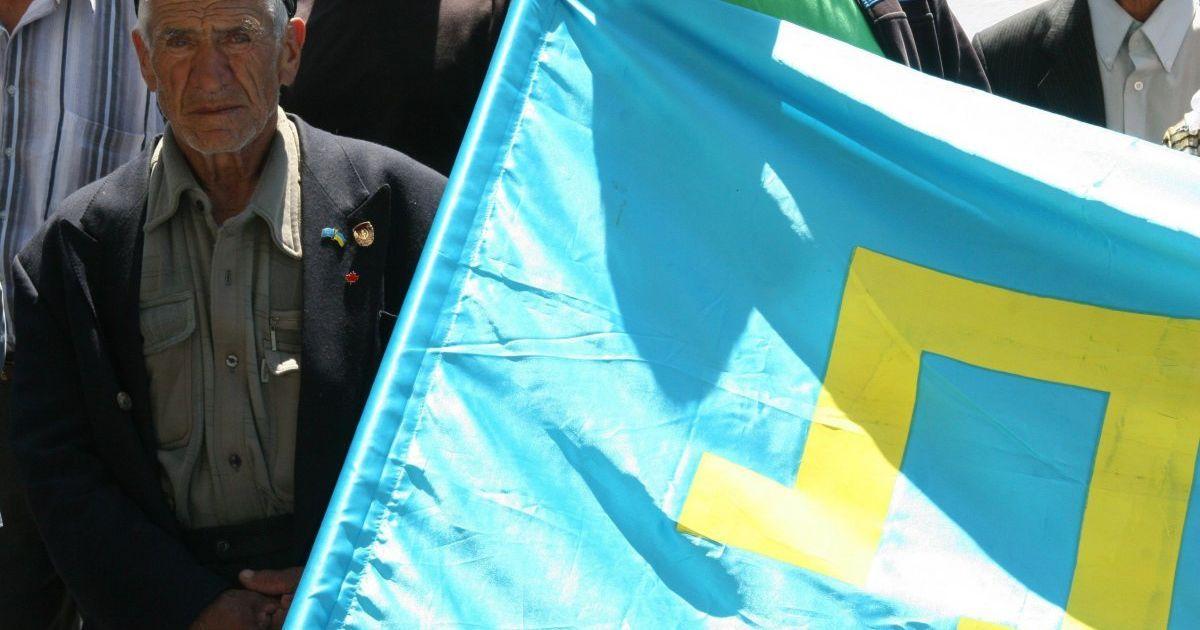 В центре Киева состоялся автопробег под крымскотатарскими флагами