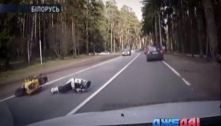 Подборка невероятных происшествий из мировых дорог