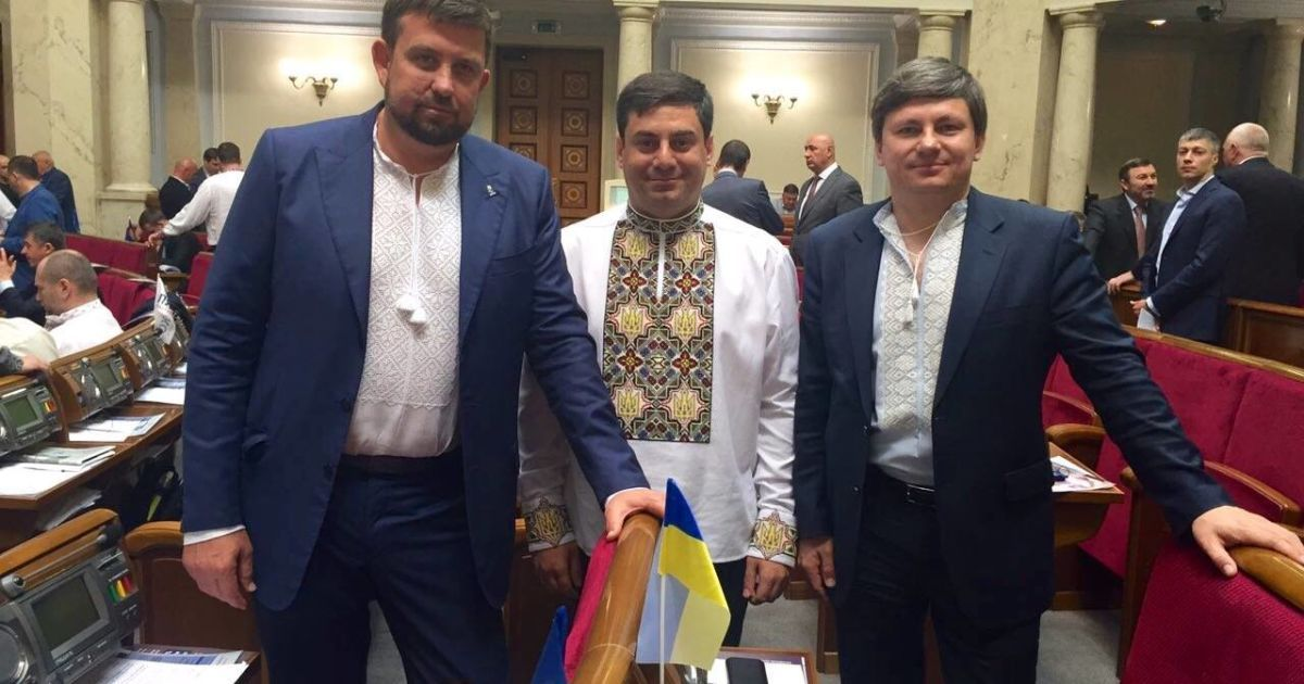 Дмитро Лубінець (в центрі) та Олег Недава (зліва).