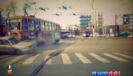 Подборка удивительных происшествий из мировых дорог
