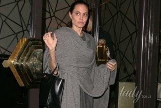 Сплетня дня: Анджелина Джоли уменьшила грудь