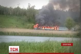 В Винницкой области во время движения загорелся поезд с 300 пассажирами