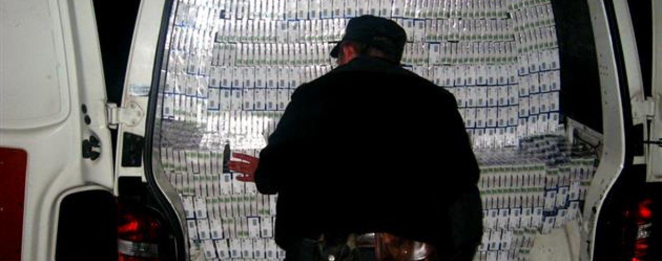 Тютюновий скандал: проти українських посадовців-контрабандистів відкрили кримінальні справу