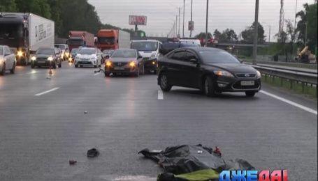 Двойная авария под Киевом унесла жизнь водителя