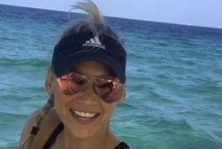 Анна Курникова энергично станцевала на яхте под новую песню Иглесиаса