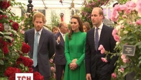 Королівська родина відвідала квіткове шоу в Челсі
