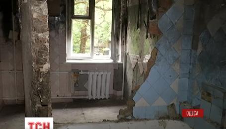 Жители одесской многоэтажки жаловались на запах газа за несколько дней до взрыва
