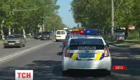 В Одесі  шукають машини, які  незаконно перебувають в Україні