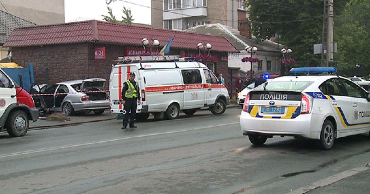 В результаті ДТП загинули четверо молодих людей, життя ще однієї дівчини під загрозою @ ГУ Нацполіції у Вінницькій області