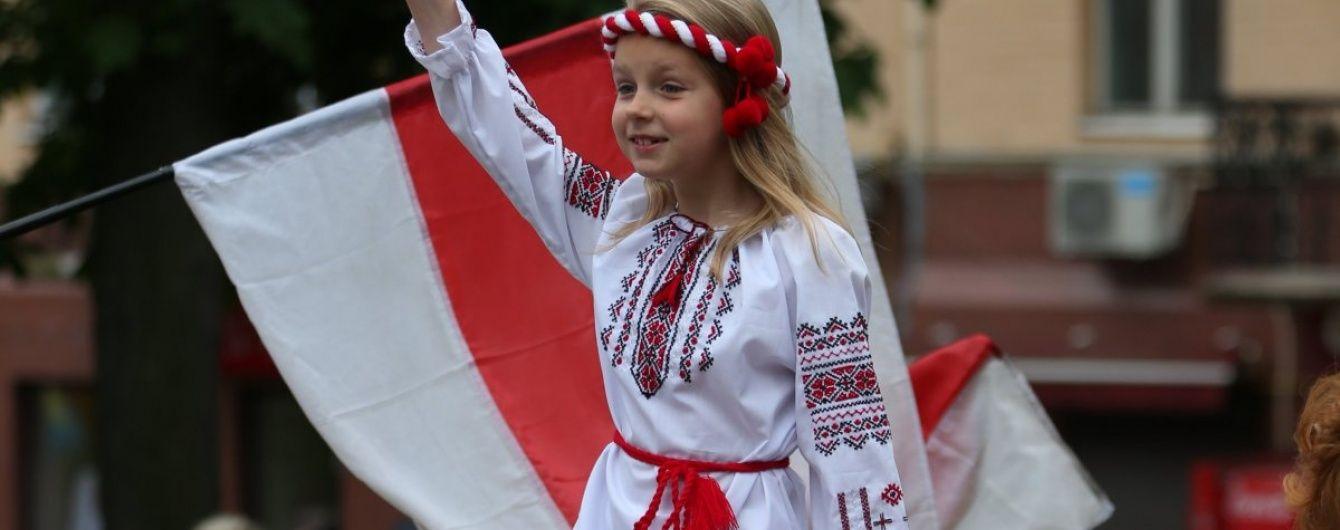 У 2015 році Євросоюз купив в України одягу на 525 млн доларів