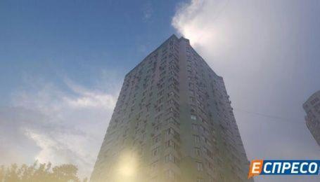 В Киеве трехлетний ребенок выпал из окна 15-го этажа – СМИ