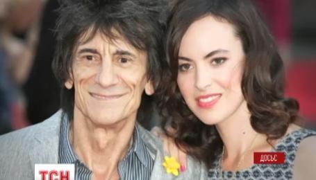 Гитарист легендарной группы The Rolling Stones стал отцом
