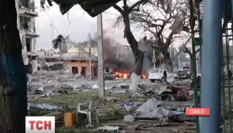 Выясняют количество погибших в столице Сомали, во время нападения на отель