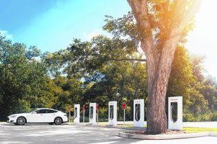 Tesla об'єдналася з виробником сонячних батарей SolarCity