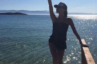 Отдых в Греции: Виктория Бекхэм показала пляжные фото