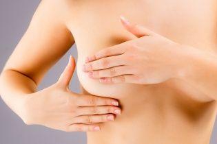 Тривалий і ненормований сон може спричинити рак грудей - вчені
