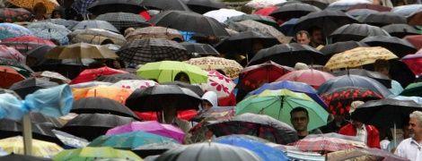 Львівську область накриють сильні зливи, шквали та град - штормове попередження