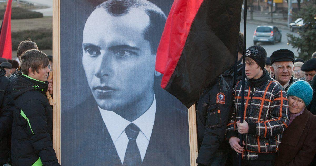 У Києві на Майдані триває мітинг до дня народження Бандери