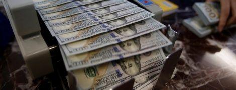 Украинцам разрешат покупать валюту онлайн. Новые правила