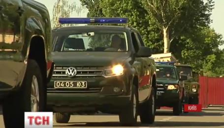 З Києва рушають машини, надані у рамках проекту міжнародної технічної допомоги