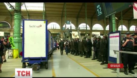 Во Франции усиливаются забастовки