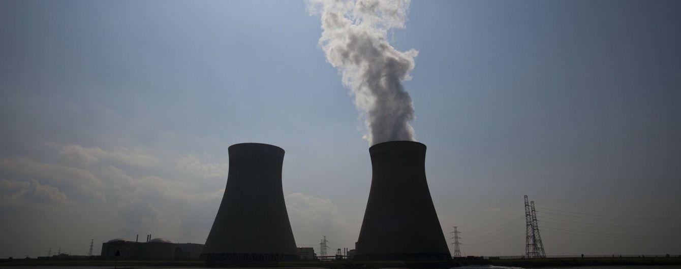 На Запорожье начальник отдела ядерной безопасности АЭС пырнул себя ножом в сердце