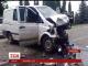 На трасі Київ-Чоп зіткнулись мікроавтобус та легковик