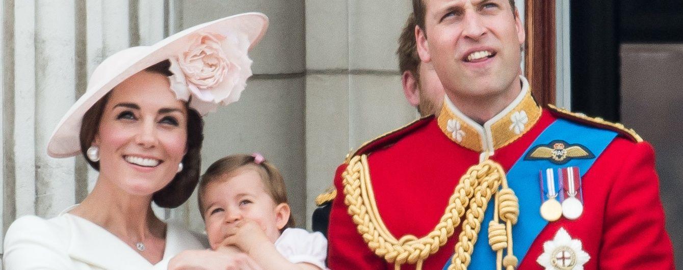 Первый выход в свет: герцогиня Кембриджская с детьми на юбилее королевы Елизаветы II