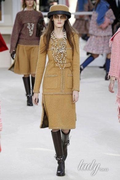 Коллекция Chanel прет-а-порте сезона осень-зима 2016-2017_17