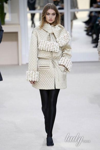 Коллекция Chanel прет-а-порте сезона осень-зима 2016-2017_40