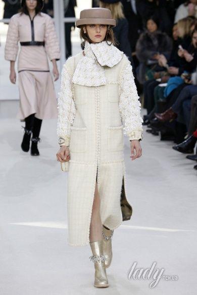 Коллекция Chanel прет-а-порте сезона осень-зима 2016-2017_50