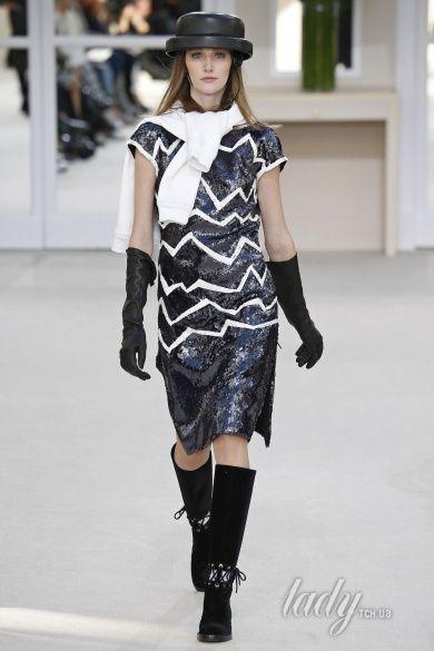 Коллекция Chanel прет-а-порте сезона осень-зима 2016-2017_58