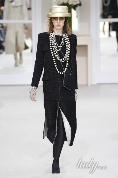 Коллекция Chanel прет-а-порте сезона осень-зима 2016-2017_54