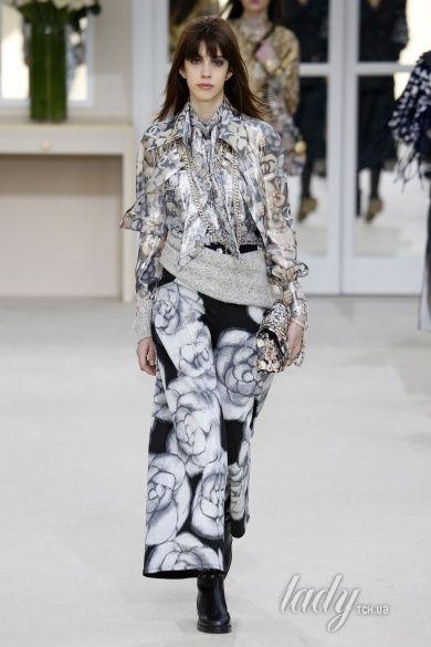 Коллекция Chanel прет-а-порте сезона осень-зима 2016-2017_44