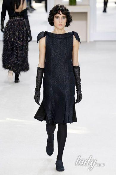 Коллекция Chanel прет-а-порте сезона осень-зима 2016-2017_82