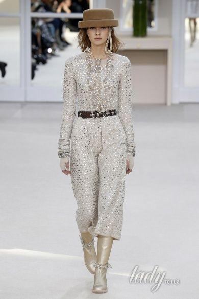 Коллекция Chanel прет-а-порте сезона осень-зима 2016-2017_75