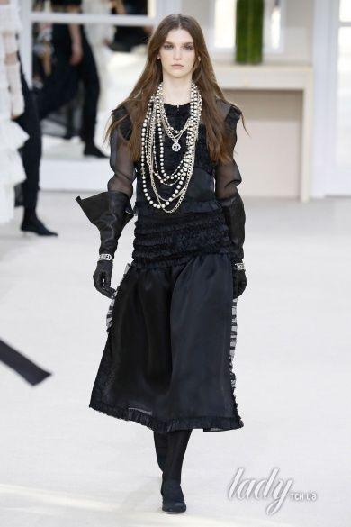 Коллекция Chanel прет-а-порте сезона осень-зима 2016-2017_88