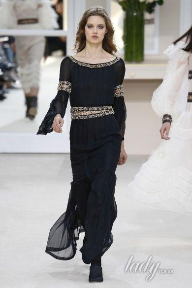 Коллекция Chanel прет-а-порте сезона осень-зима 2016-2017_91