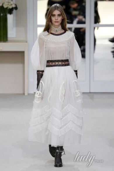 Коллекция Chanel прет-а-порте сезона осень-зима 2016-2017_93