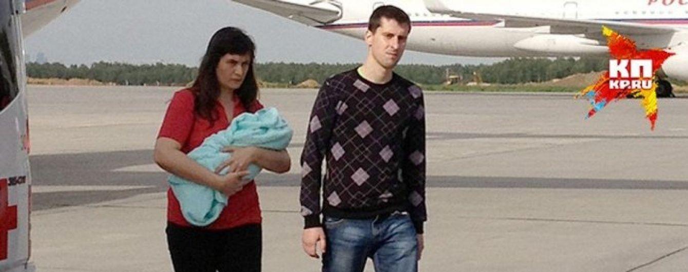 У Росії одеських сепаратистів, яких обміняли на Солошенка й Афанасьєва, зустрічали як героїв