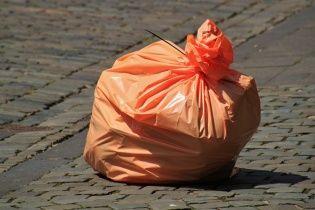 В Британии массово отказываются от полиэтиленовых пакетов