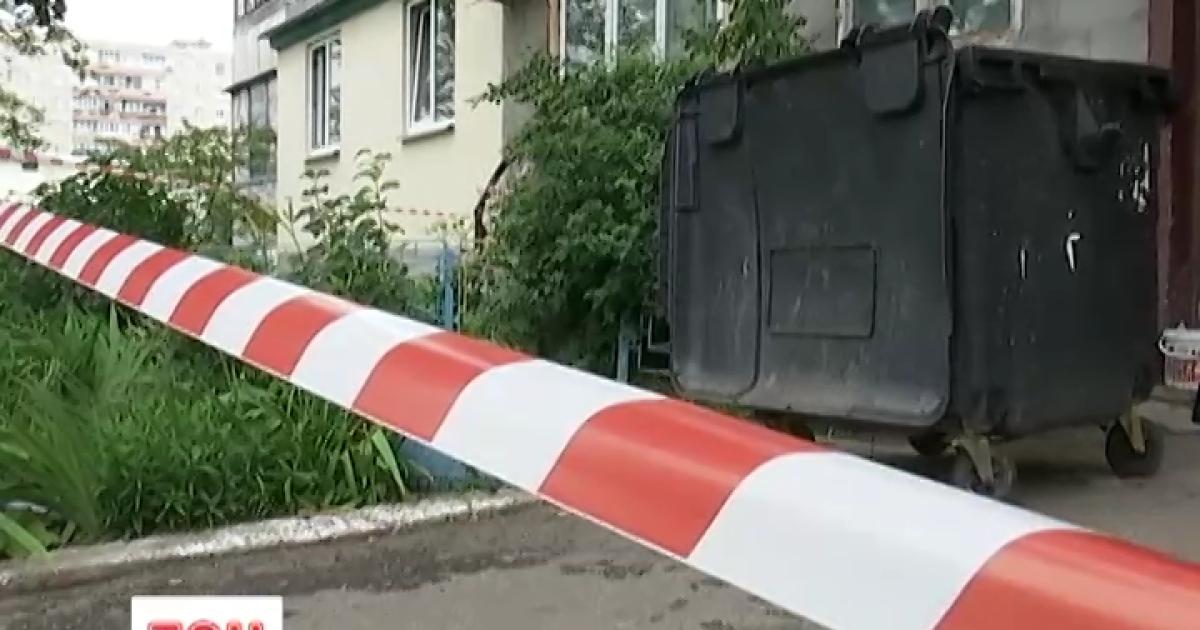 У Києві серед сміття знайшли мертве немовля