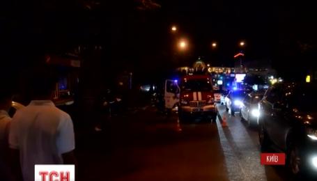 В Киеве неизвестные бросили в подъезд взрывпакет во время неудачной попытки ограбления