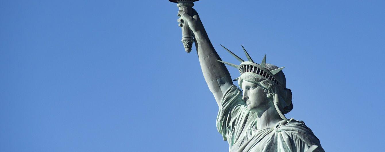 """Украина, Франция или Китай. Угадайте, где """"клонировали"""" статую Свободы"""